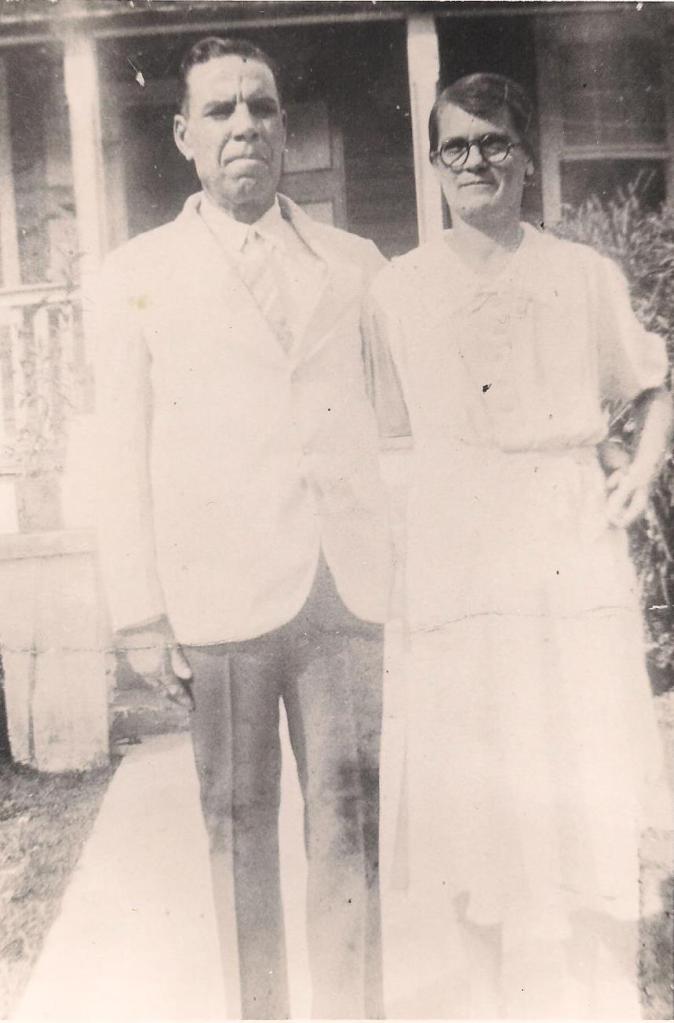 Emmie and Lockhart Moree