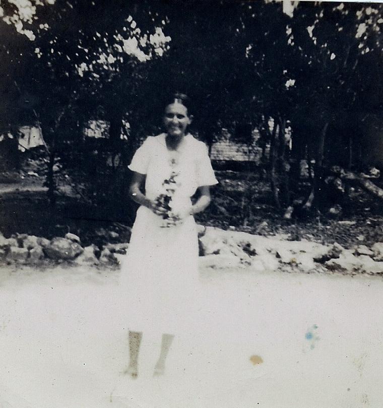 Mae Gates Curry